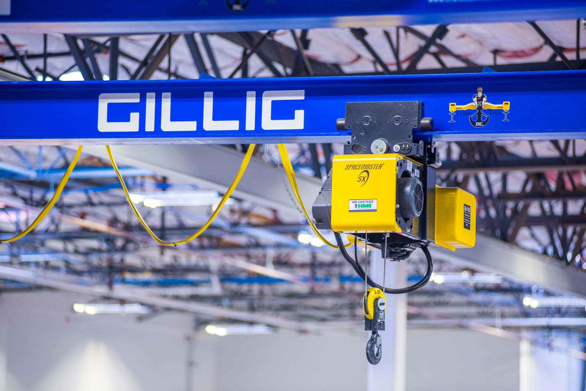 Heavy Lifting Overhead | Industrial Machinery Digest